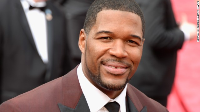 140402162445-michael-strahan-030214-story-top
