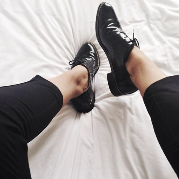 sbhe1z-l-610x610-shoes-women-black-shiny-oxfords-elegant